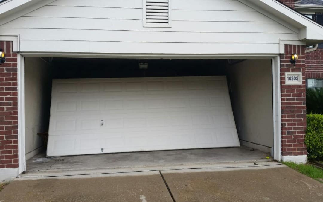 Tips And Instructions Concerning Garage Door Restore